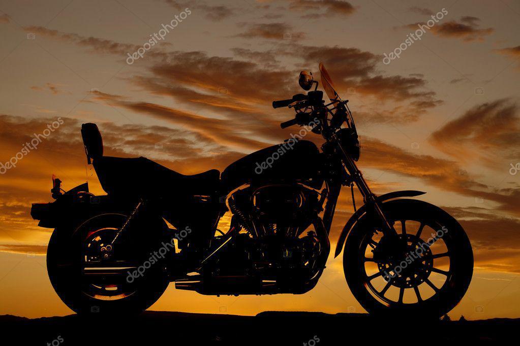 Wer jetzt Motorrad fährt, gefährdet unnötig das